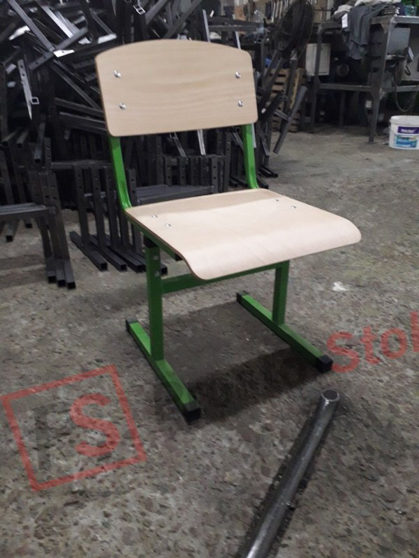 Учинивский стульчик с регулировкой высоты